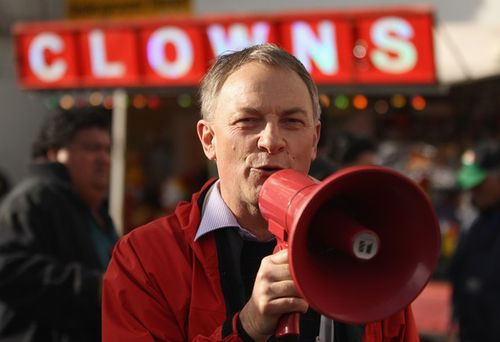 1a Labour Party Campaigns at Avondale Markets NZ Politics Daily - Bryce Edwards Otago University liberation blog - www.liberation.org.nz