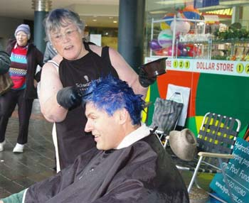 Blue hair Tim Macindoe Vote Chat NZ Politics Daily - Bryce Edwards Otago University liberation blog - www.liberation.org.nz