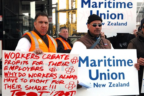 Ports-of-auckland maritime union NZ Politics Daily - Bryce Edwards Otago University liberation blog - www.liberation.org.nz